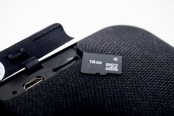 スピーカー-SDカード