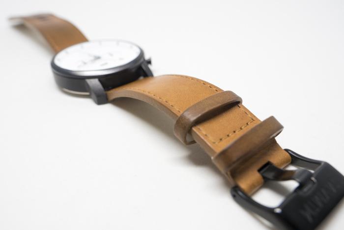 腕時計-革-オイル-作業